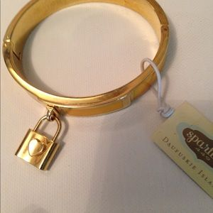Hinged bangle bracelet with charm